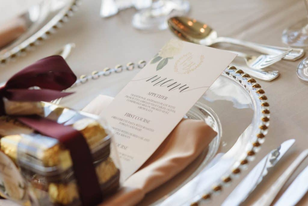 Love this wedding menu!