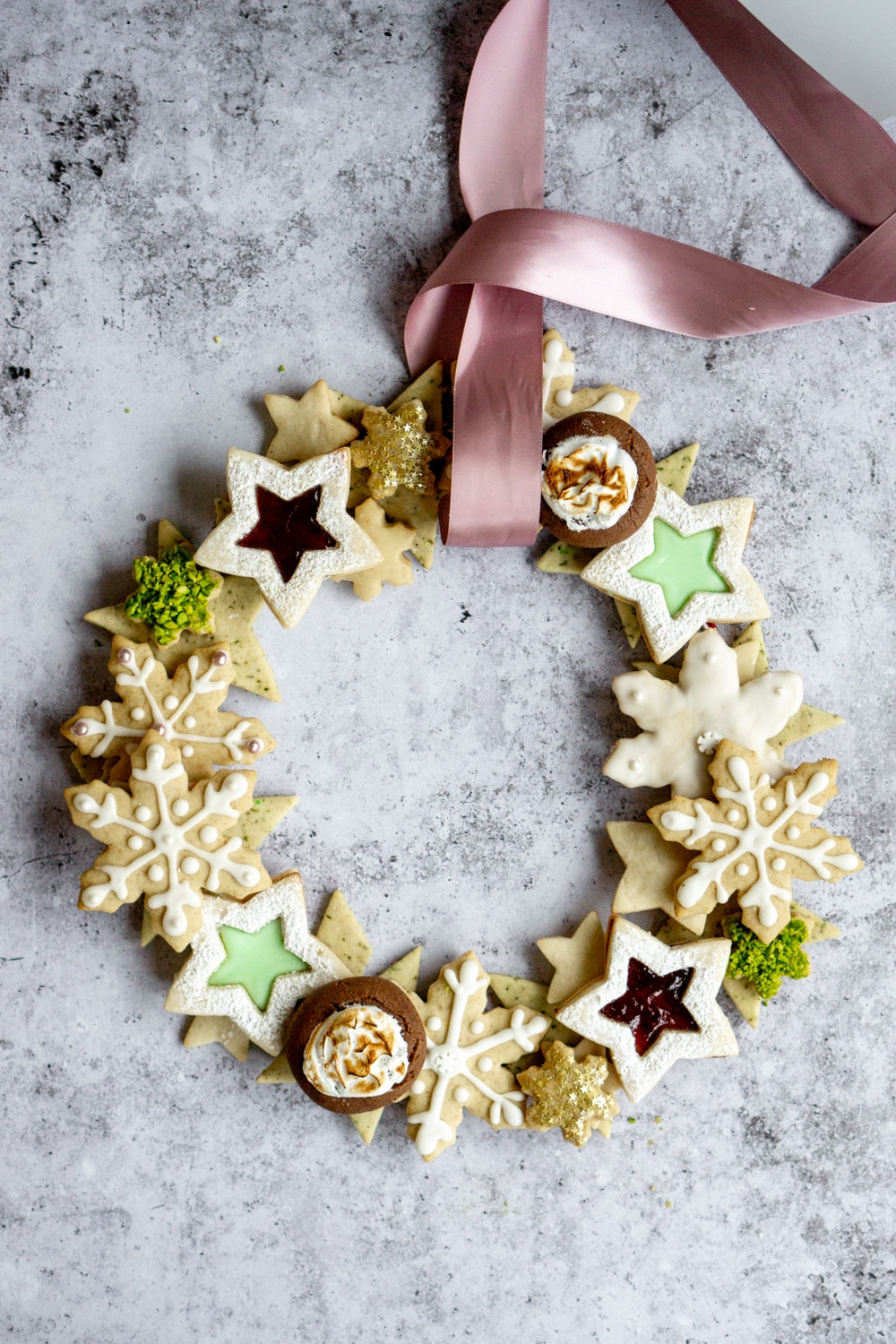 Christmas cookie wreath with pink satin ribbon