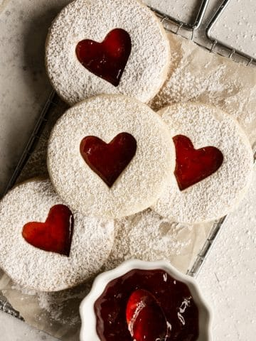 Jam cookies feature